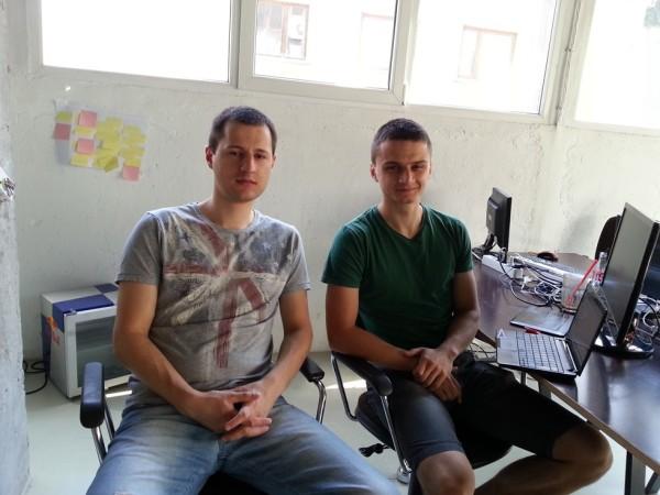 Екипът на StatAce - Кристиан и Велико