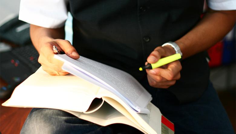 Каква е процедурата по регистрация на фирма - ЕООД/ООД?