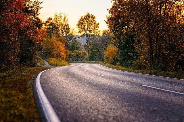road-3777610_640