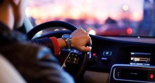 Няколко начина да останем в безопасност по време на автомобилна катастрофа